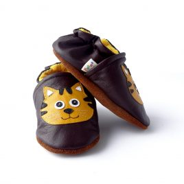 baby-shoes-first-steps-tiger