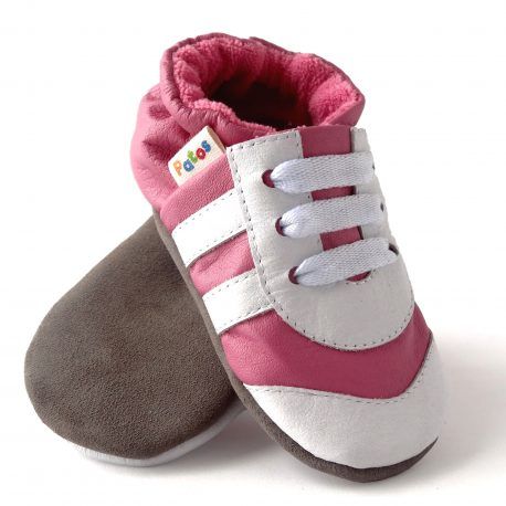 Baby tennis first walking shoes.
